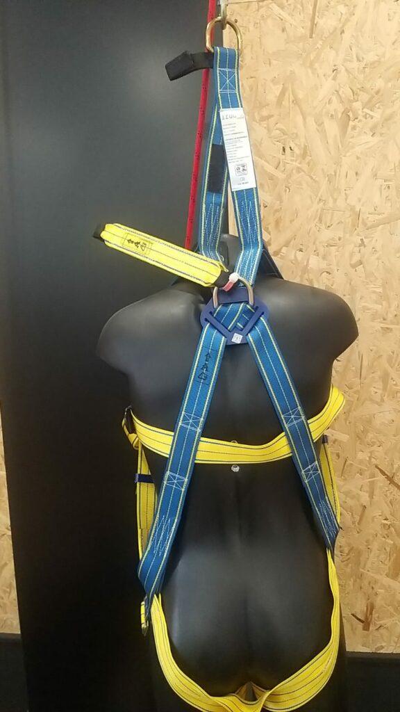 Anclaje arnés de seguridad, Arneses con cintas de extensión dorsal: Todo lo que debes saber, Orion Seguridad